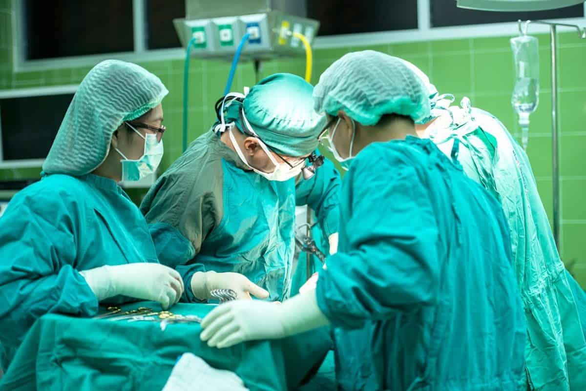 צוות חדר ניתוח
