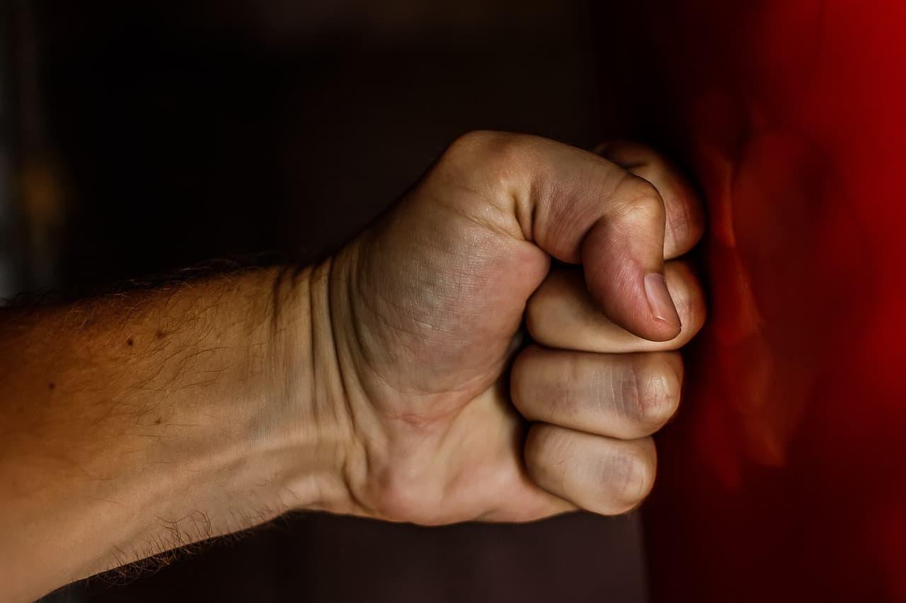 במקרי אלימות במשפחה דרוש עורך דין פלילי מקצועי